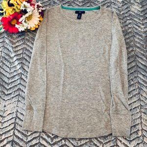 GAP Woman's Gray Thermal Shirt Size XS
